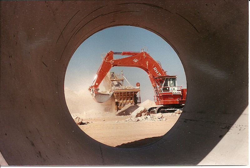 Work on trench digging for a waterpipe in Libya's Great Man-made River project, 1988