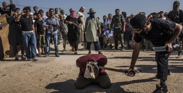 Salafist gang carry out a beheading in Syria